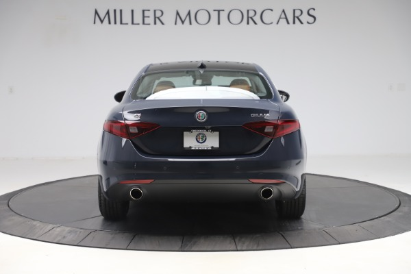 New 2019 Alfa Romeo Giulia Q4 for sale Sold at Bugatti of Greenwich in Greenwich CT 06830 6