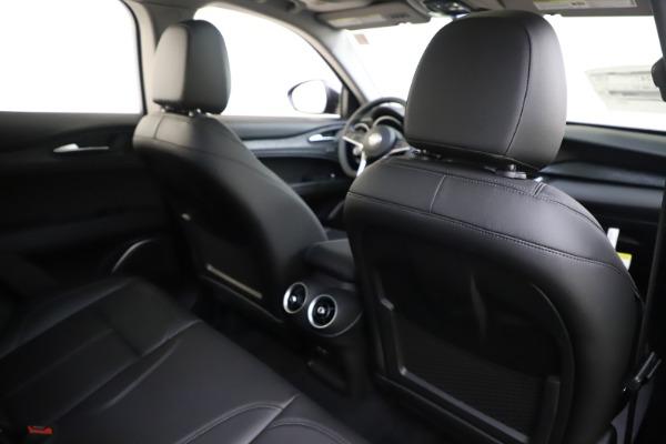New 2019 Alfa Romeo Stelvio Q4 for sale Sold at Bugatti of Greenwich in Greenwich CT 06830 28