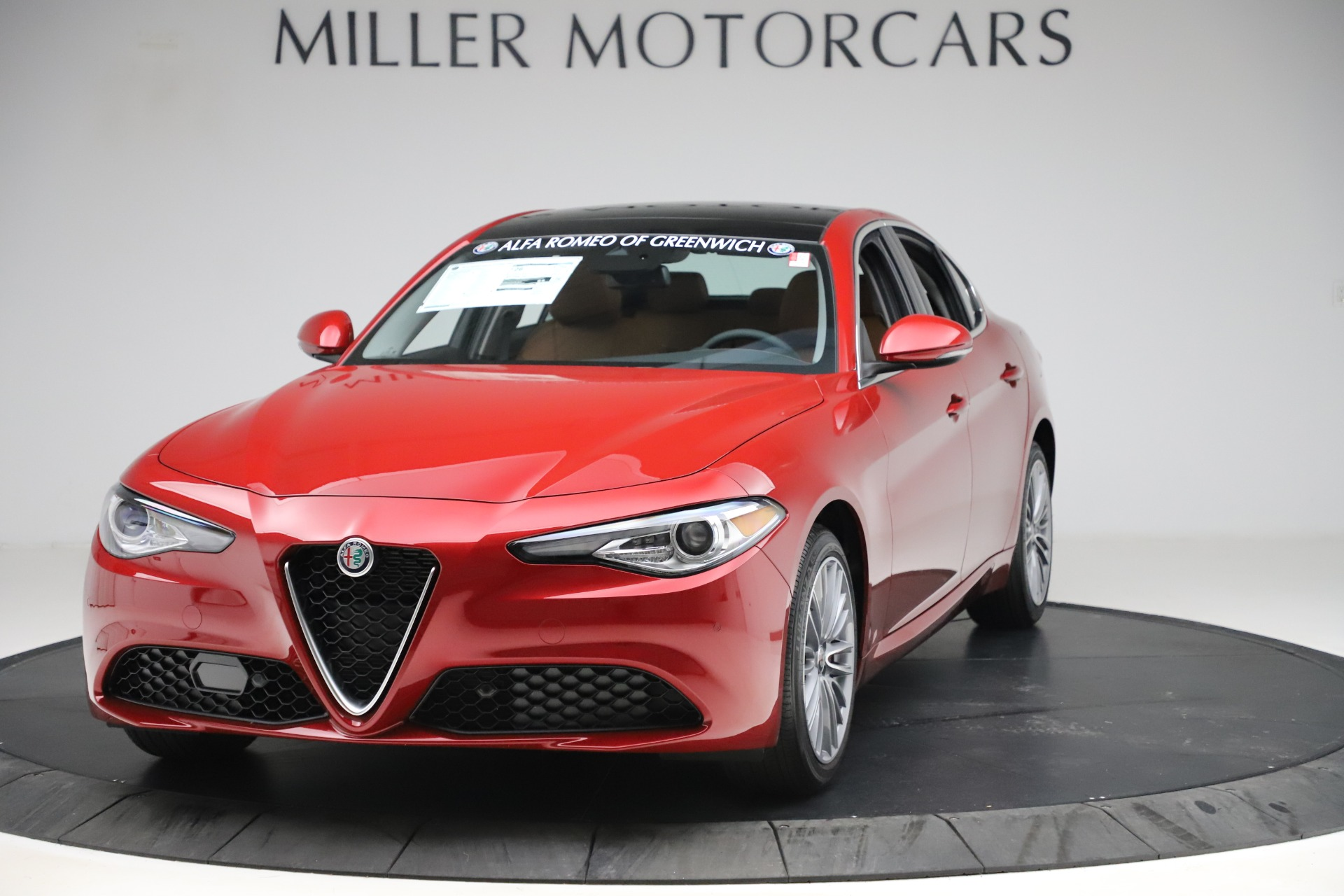 New 2019 Alfa Romeo Giulia Ti Lusso Q4 for sale $54,790 at Bugatti of Greenwich in Greenwich CT 06830 1