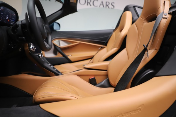 New 2020 McLaren 720S Spider Luxury for sale $380,835 at Bugatti of Greenwich in Greenwich CT 06830 26