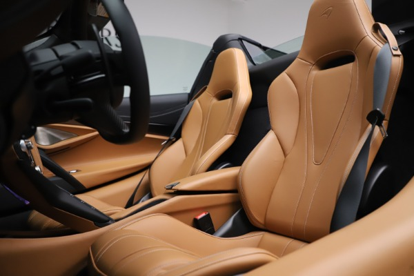 New 2020 McLaren 720S Spider Luxury for sale $380,835 at Bugatti of Greenwich in Greenwich CT 06830 27