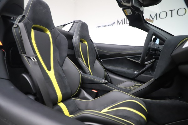 Used 2020 McLaren 720S Spider Convertible for sale Call for price at Bugatti of Greenwich in Greenwich CT 06830 26