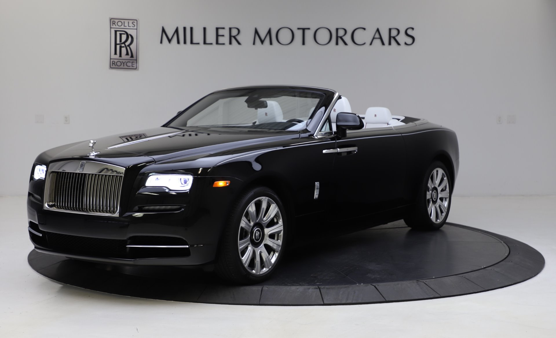 Used 2016 Rolls-Royce Dawn for sale Sold at Bugatti of Greenwich in Greenwich CT 06830 1