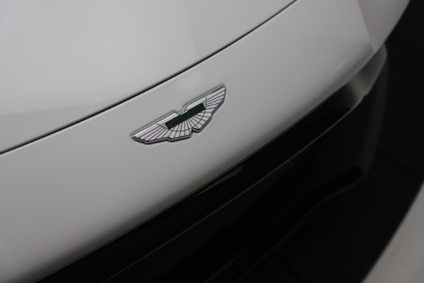 New 2020 Aston Martin Vantage Coupe for sale $190,259 at Bugatti of Greenwich in Greenwich CT 06830 27