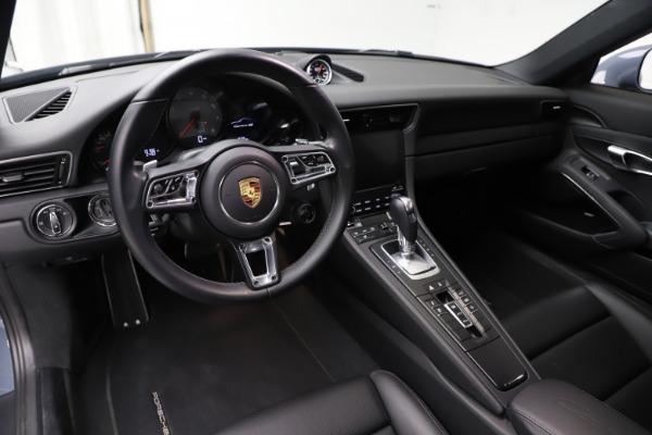 Used 2018 Porsche 911 Carrera 4S for sale $109,900 at Bugatti of Greenwich in Greenwich CT 06830 13