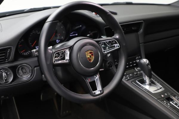 Used 2018 Porsche 911 Carrera 4S for sale $109,900 at Bugatti of Greenwich in Greenwich CT 06830 16