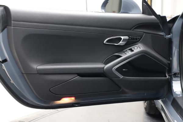 Used 2018 Porsche 911 Carrera 4S for sale $109,900 at Bugatti of Greenwich in Greenwich CT 06830 17