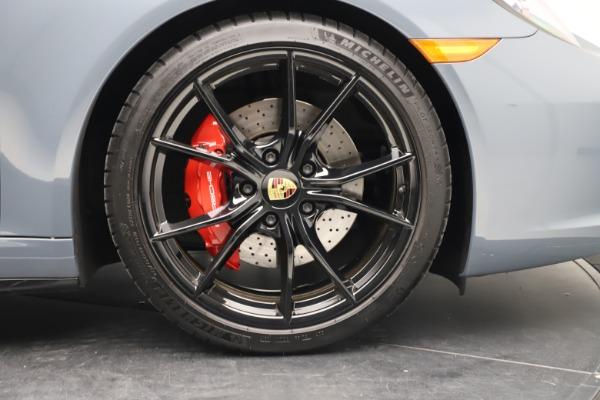 Used 2018 Porsche 911 Carrera 4S for sale $109,900 at Bugatti of Greenwich in Greenwich CT 06830 25