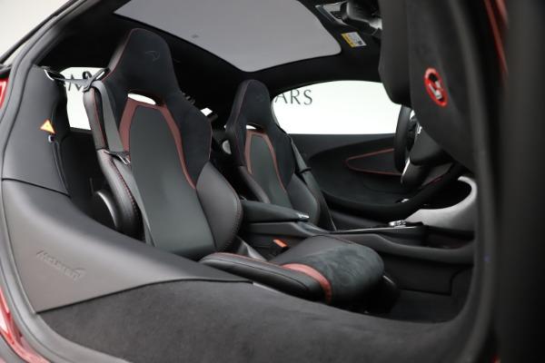 New 2020 McLaren GT for sale $249,275 at Bugatti of Greenwich in Greenwich CT 06830 17