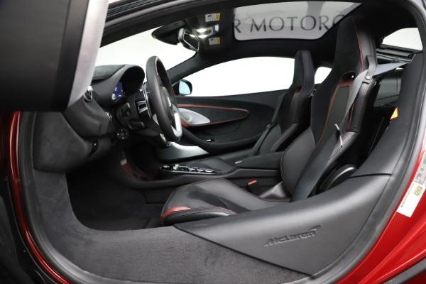 New 2020 McLaren GT for sale $249,275 at Bugatti of Greenwich in Greenwich CT 06830 20