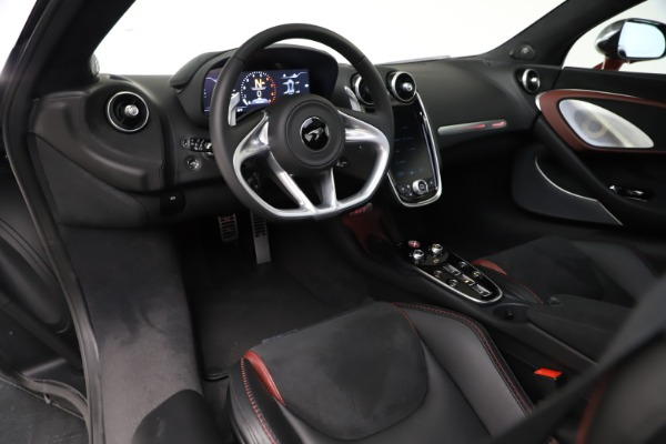 New 2020 McLaren GT for sale $249,275 at Bugatti of Greenwich in Greenwich CT 06830 21