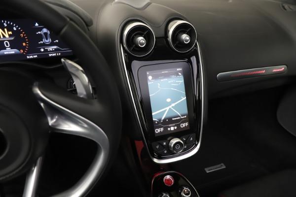 New 2020 McLaren GT for sale $249,275 at Bugatti of Greenwich in Greenwich CT 06830 23