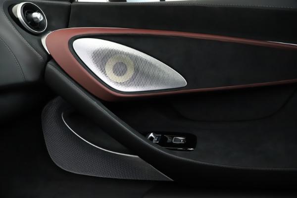 New 2020 McLaren GT for sale $249,275 at Bugatti of Greenwich in Greenwich CT 06830 26
