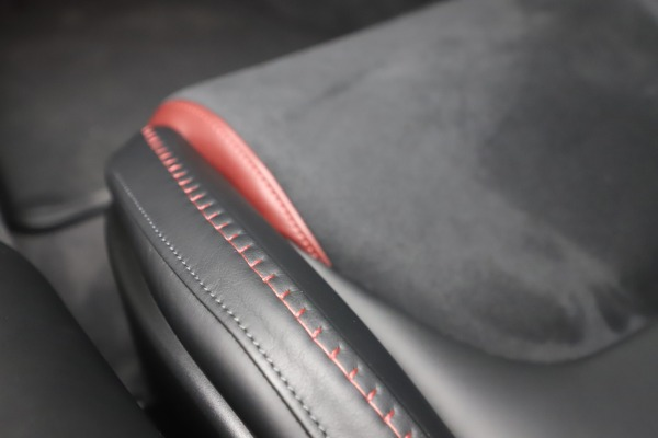New 2020 McLaren GT for sale $249,275 at Bugatti of Greenwich in Greenwich CT 06830 28