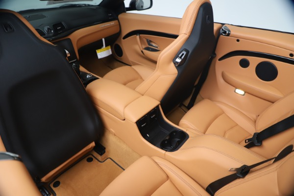 New 2019 Maserati GranTurismo Sport Convertible for sale $161,970 at Bugatti of Greenwich in Greenwich CT 06830 25