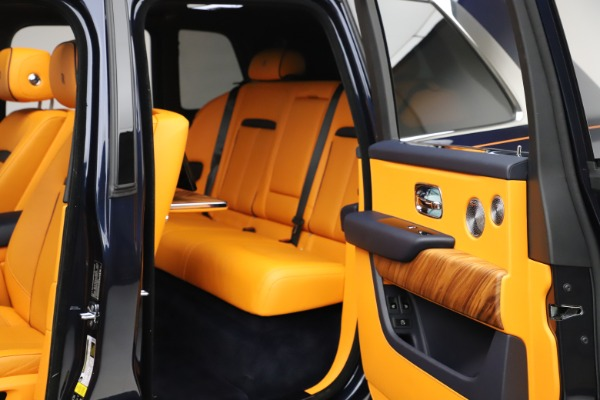 Used 2019 Rolls-Royce Cullinan for sale $349,900 at Bugatti of Greenwich in Greenwich CT 06830 26