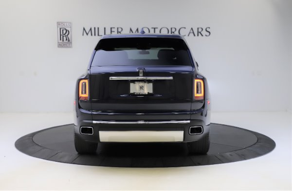 Used 2019 Rolls-Royce Cullinan for sale $349,900 at Bugatti of Greenwich in Greenwich CT 06830 5