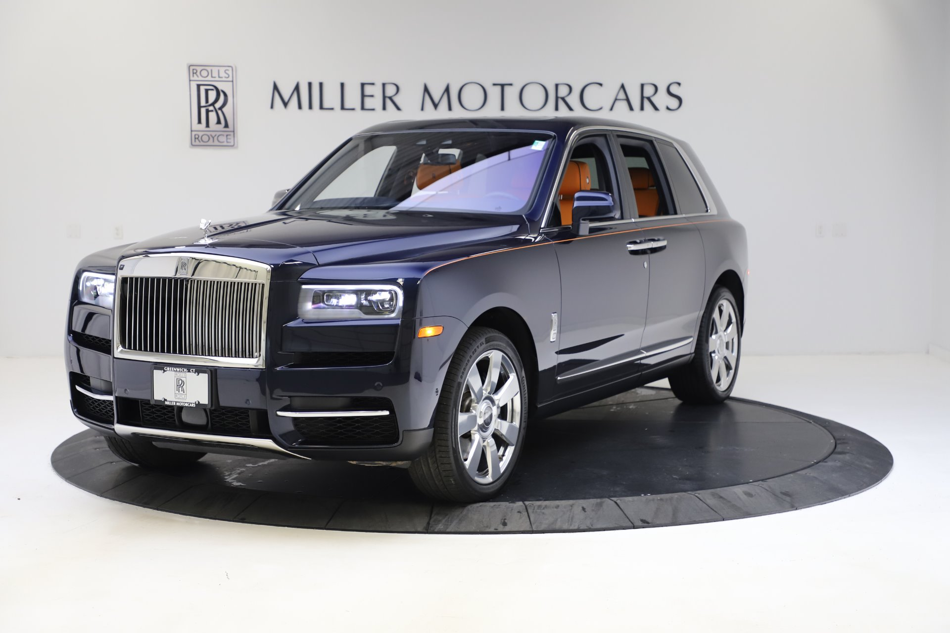 Used 2019 Rolls-Royce Cullinan for sale $349,900 at Bugatti of Greenwich in Greenwich CT 06830 1