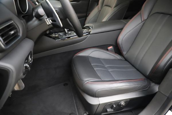 New 2019 Maserati Levante Q4 GranSport for sale Call for price at Bugatti of Greenwich in Greenwich CT 06830 15