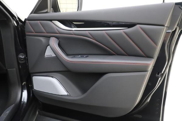 New 2019 Maserati Levante Q4 GranSport for sale Call for price at Bugatti of Greenwich in Greenwich CT 06830 25