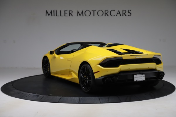 Used 2018 Lamborghini Huracan LP 580-2 Spyder for sale $203,900 at Bugatti of Greenwich in Greenwich CT 06830 5