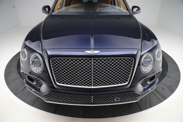 Used 2017 Bentley Bentayga W12 for sale $138,900 at Bugatti of Greenwich in Greenwich CT 06830 12