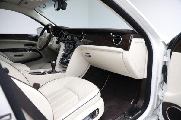 Used 2016 Bentley Mulsanne for sale $149,900 at Bugatti of Greenwich in Greenwich CT 06830 26