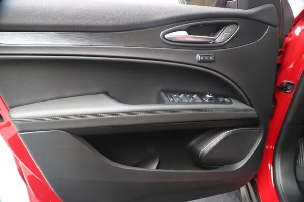 New 2020 Alfa Romeo Stelvio Q4 for sale $49,240 at Bugatti of Greenwich in Greenwich CT 06830 17