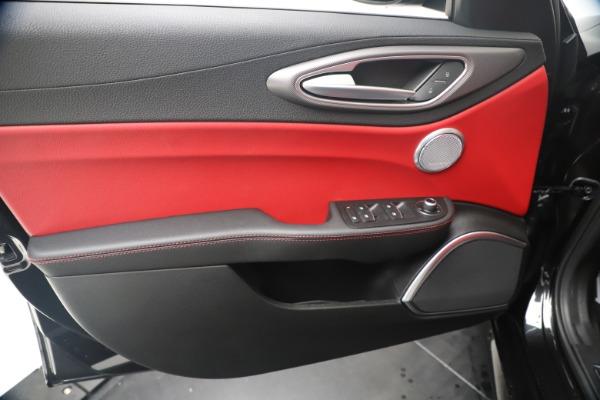 New 2020 Alfa Romeo Giulia Ti Sport Q4 for sale $56,440 at Bugatti of Greenwich in Greenwich CT 06830 17