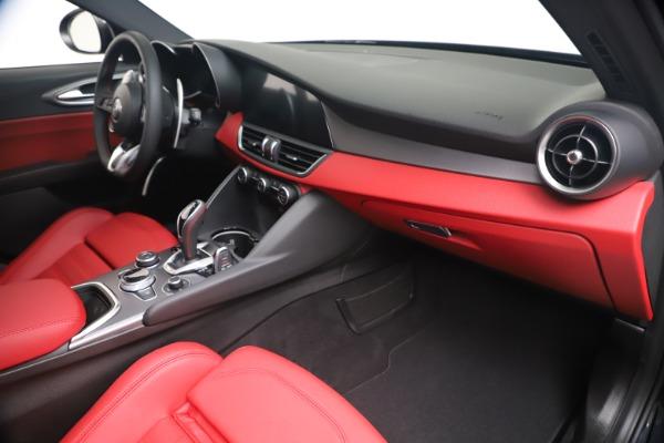 New 2020 Alfa Romeo Giulia Ti Sport Q4 for sale $56,440 at Bugatti of Greenwich in Greenwich CT 06830 22
