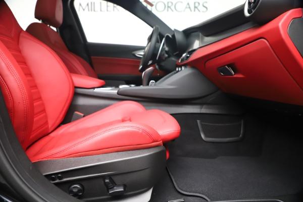 New 2020 Alfa Romeo Giulia Ti Sport Q4 for sale $56,440 at Bugatti of Greenwich in Greenwich CT 06830 23