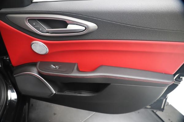 New 2020 Alfa Romeo Giulia Ti Sport Q4 for sale $56,440 at Bugatti of Greenwich in Greenwich CT 06830 25