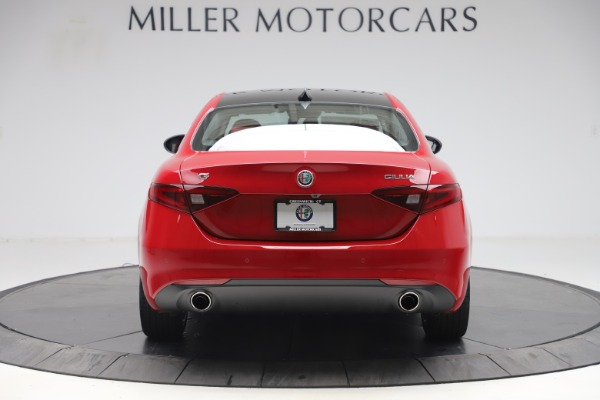 New 2020 Alfa Romeo Giulia Q4 for sale $45,740 at Bugatti of Greenwich in Greenwich CT 06830 6