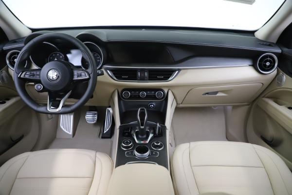 New 2020 Alfa Romeo Stelvio Ti Lusso Q4 for sale $55,790 at Bugatti of Greenwich in Greenwich CT 06830 16