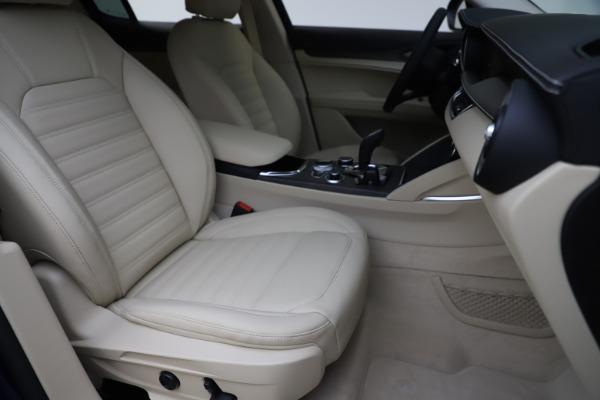 New 2020 Alfa Romeo Stelvio Ti Lusso Q4 for sale $55,790 at Bugatti of Greenwich in Greenwich CT 06830 24