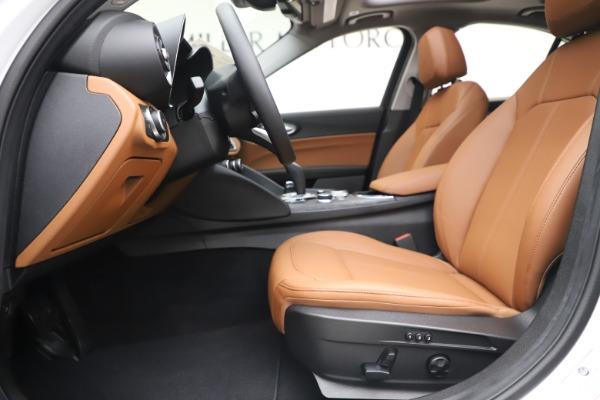 New 2020 Alfa Romeo Giulia Q4 for sale Sold at Bugatti of Greenwich in Greenwich CT 06830 15