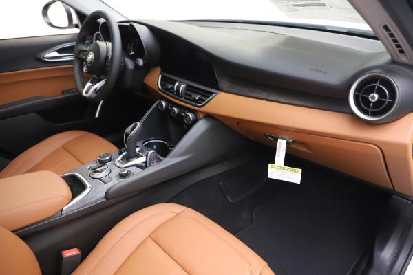 New 2020 Alfa Romeo Giulia Q4 for sale Sold at Bugatti of Greenwich in Greenwich CT 06830 23