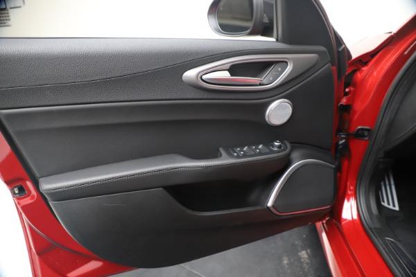 New 2020 Alfa Romeo Giulia Ti Sport Q4 for sale $56,690 at Bugatti of Greenwich in Greenwich CT 06830 17