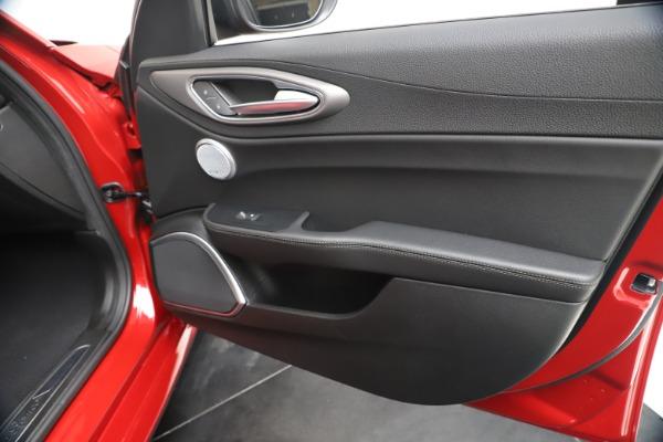 New 2020 Alfa Romeo Giulia Ti Sport Q4 for sale $56,690 at Bugatti of Greenwich in Greenwich CT 06830 25