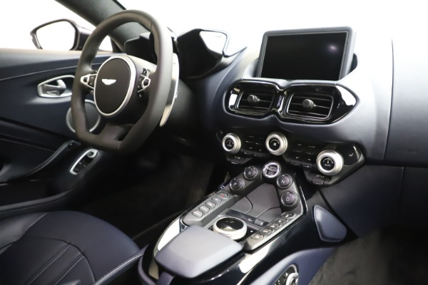 New 2020 Aston Martin Vantage Coupe for sale $177,609 at Bugatti of Greenwich in Greenwich CT 06830 16
