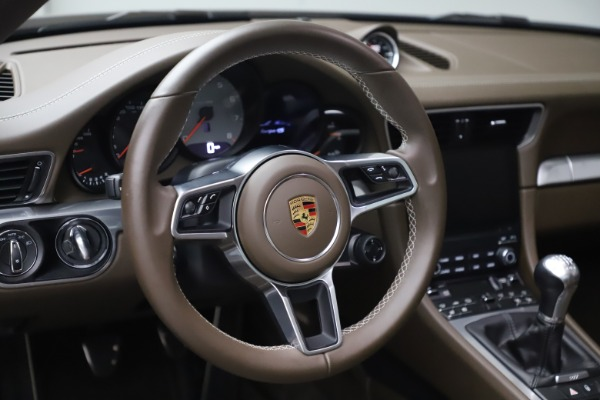 Used 2018 Porsche 911 Targa 4S for sale $134,900 at Bugatti of Greenwich in Greenwich CT 06830 20