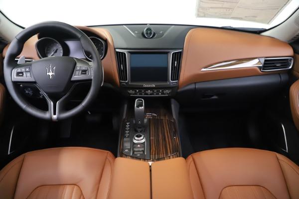 New 2020 Maserati Levante S Q4 GranLusso for sale $94,985 at Bugatti of Greenwich in Greenwich CT 06830 16