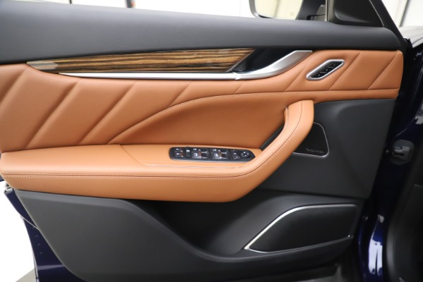 New 2020 Maserati Levante S Q4 GranLusso for sale $94,985 at Bugatti of Greenwich in Greenwich CT 06830 17