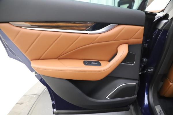 New 2020 Maserati Levante S Q4 GranLusso for sale $94,985 at Bugatti of Greenwich in Greenwich CT 06830 21