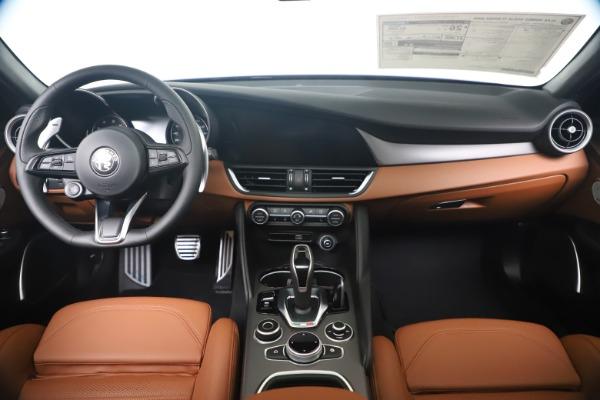 New 2020 Alfa Romeo Giulia Ti Sport Q4 for sale $52,840 at Bugatti of Greenwich in Greenwich CT 06830 16