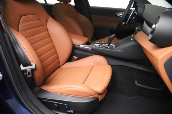 New 2020 Alfa Romeo Giulia Ti Sport Q4 for sale $52,840 at Bugatti of Greenwich in Greenwich CT 06830 24