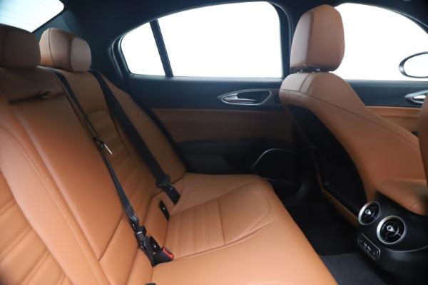 New 2020 Alfa Romeo Giulia Ti Sport Q4 for sale $52,840 at Bugatti of Greenwich in Greenwich CT 06830 27