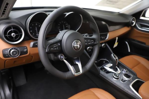 New 2020 Alfa Romeo Giulia Q4 for sale $46,940 at Bugatti of Greenwich in Greenwich CT 06830 13