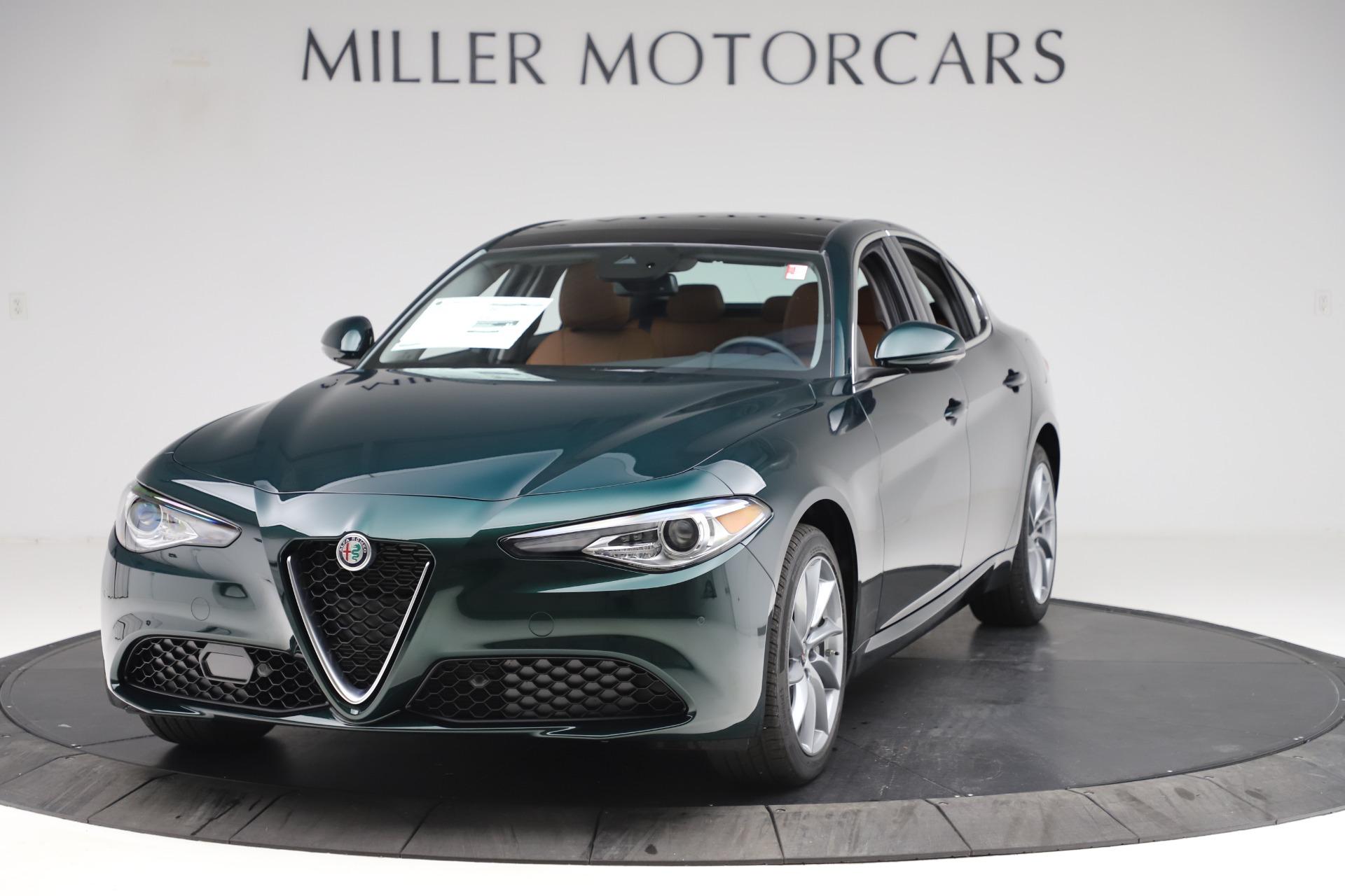 New 2020 Alfa Romeo Giulia Q4 for sale $46,940 at Bugatti of Greenwich in Greenwich CT 06830 1