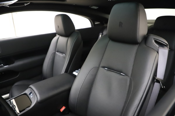 Used 2015 Rolls-Royce Wraith for sale $179,900 at Bugatti of Greenwich in Greenwich CT 06830 14
